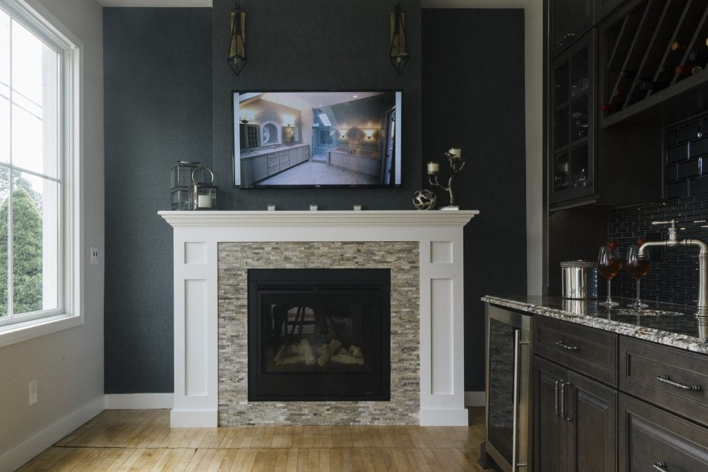 Looking to Remodel Your Fireplace?  Here are the Tips you Need!