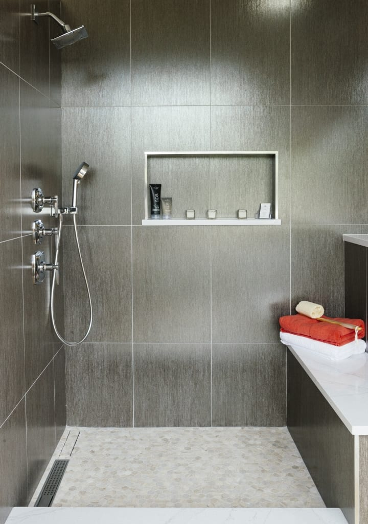 8 Tips For Choosing the Right Shower Tile for You ...