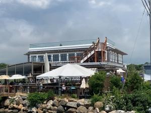 matunuck Oyster bar Remodel